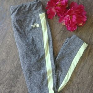North face yoga pants size small